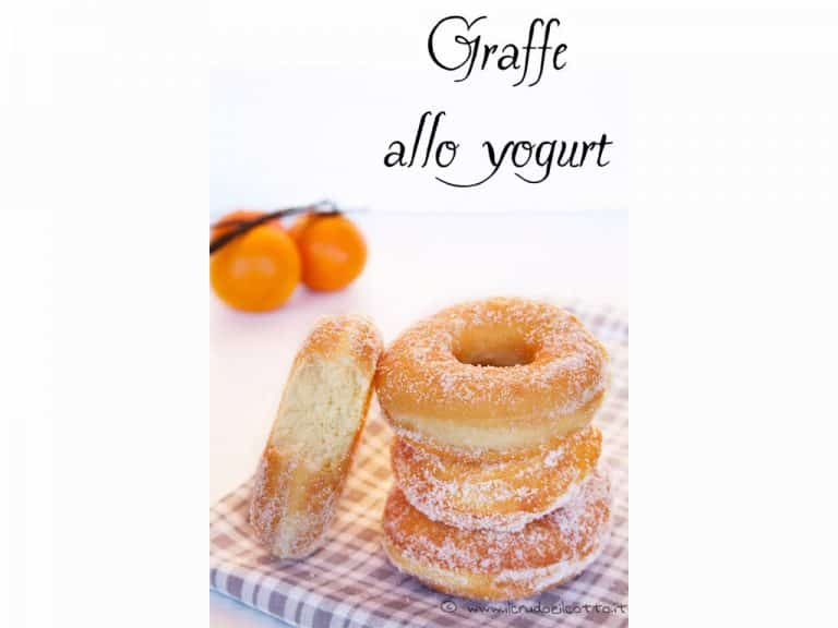 Graffe allo yogurt con pasta madre o lievito di birra
